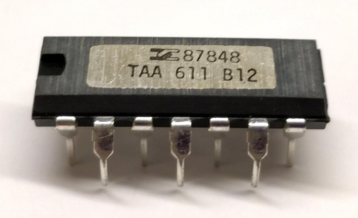 TDA7262 STMICROELECTRONICS circuit intégré TDA7262